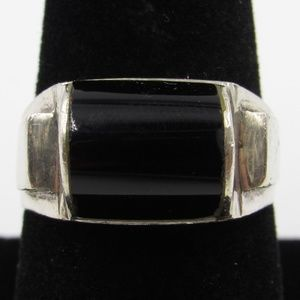 Vintage Size 8.5 Sterling Rustic Black Inlay Ring